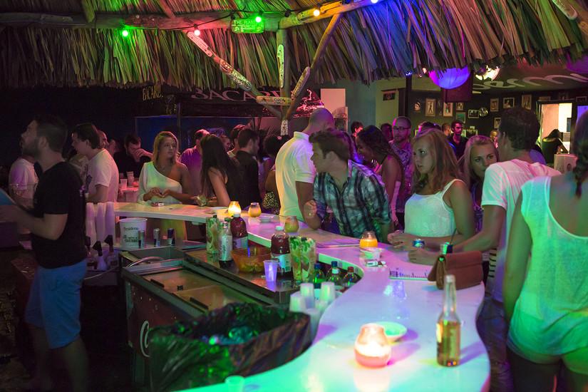 No Credit Check Credit Cards >> Curacao Nightlife