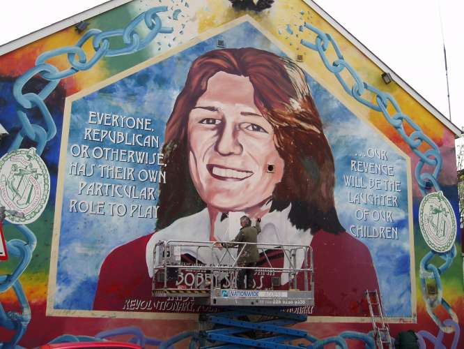 Crafts shops in northern ireland for Bobby sands mural belfast