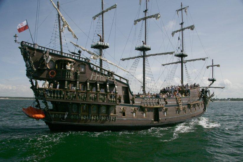 Pirate Ships Gdynia Leisure