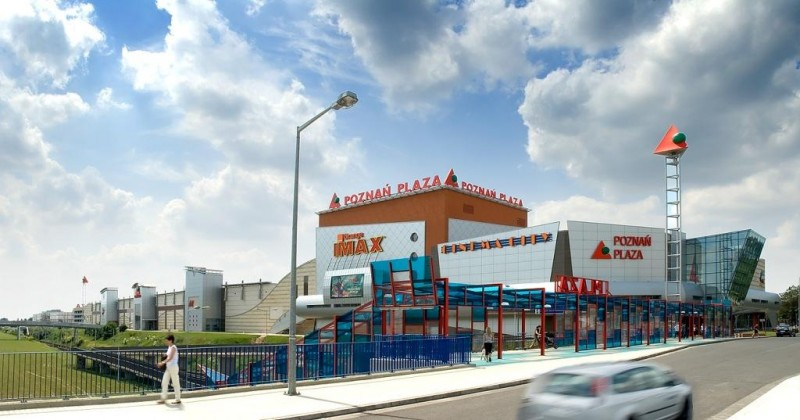 Pozna plaza shopping in poznan