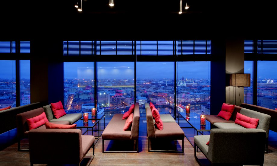 sky bar bars clubs st petersburg. Black Bedroom Furniture Sets. Home Design Ideas