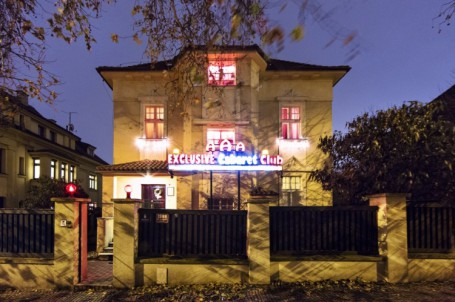 Adult Guide Prague