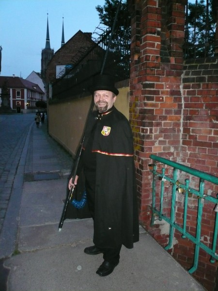 The Wrocław Lamplighter